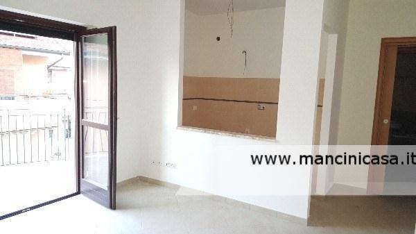 Appartamento in vendita a Monterotondo, 3 locali, prezzo € 99.000 | Cambio Casa.it
