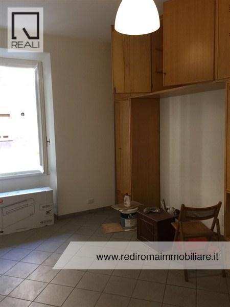 Appartamento in affitto a Roma, 2 locali, zona Zona: 7 . Esquilino, San Lorenzo, Termini, prezzo € 900   Cambio Casa.it