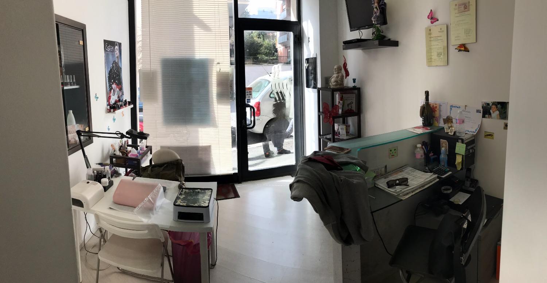Cabina estetica roma elenchi e prezzi di affitto waa2 for Arredamento centro estetico prezzi