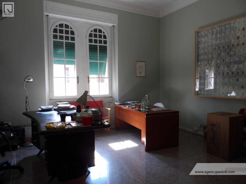 Ufficio / Studio in affitto a Roma, 8 locali, zona Zona: 30 . Prati, Borgo, San Pietro, prezzo € 3.400 | Cambio Casa.it