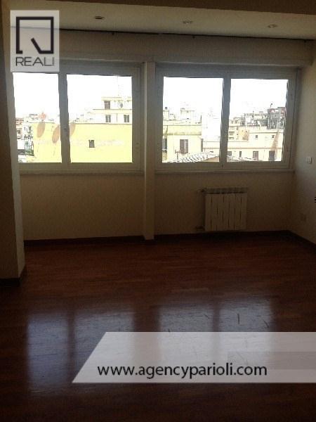 Appartamento in affitto a Roma, 3 locali, zona Zona: 14 . San Giovanni, Re di Roma, P.ta Metronia, prezzo € 1.400   Cambio Casa.it