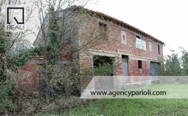 Rustico / Casale in vendita a Ostra, 9 locali, prezzo € 195.000 | Cambio Casa.it
