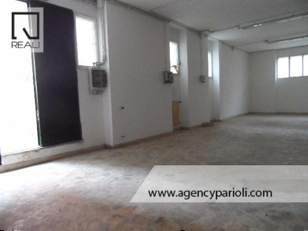Negozio / Locale in vendita a Roma, 3 locali, zona Zona: 32 - Fleming, Vignaclara, Monte Milvio, prezzo € 290.000 | Cambio Casa.it