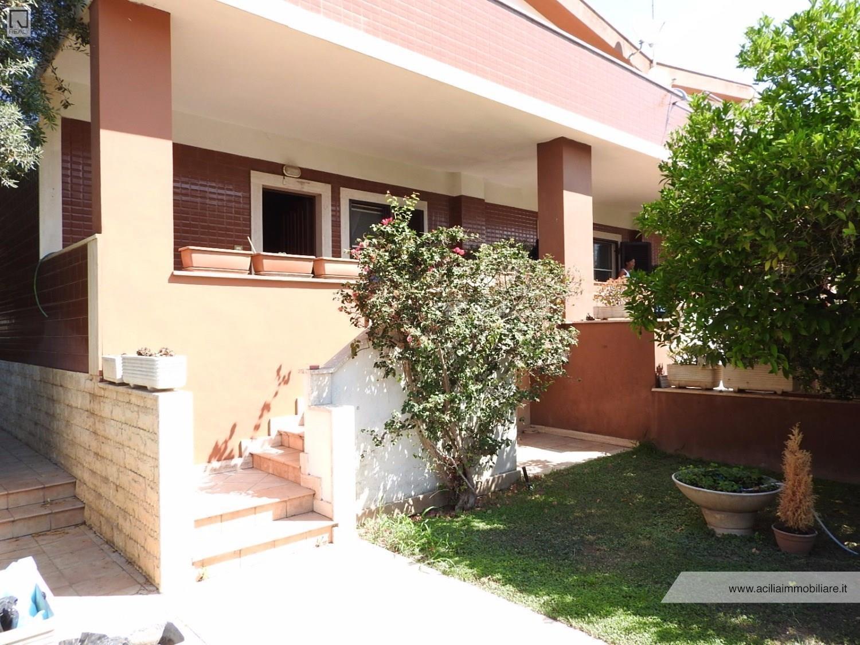 Villa in vendita a Roma, 5 locali, zona Zona: 38 . Acilia, Vitinia, Infernetto, Axa, Casal Palocco, Madonnetta, prezzo € 355.000 | CambioCasa.it
