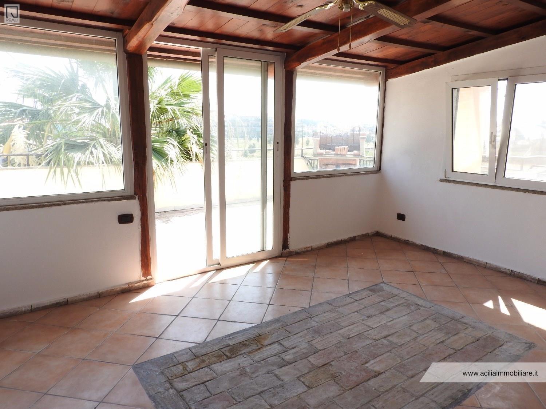 Appartamento in vendita a Roma, 3 locali, zona Zona: 38 . Acilia, Vitinia, Infernetto, Axa, Casal Palocco, Madonnetta, prezzo € 179.000 | CambioCasa.it