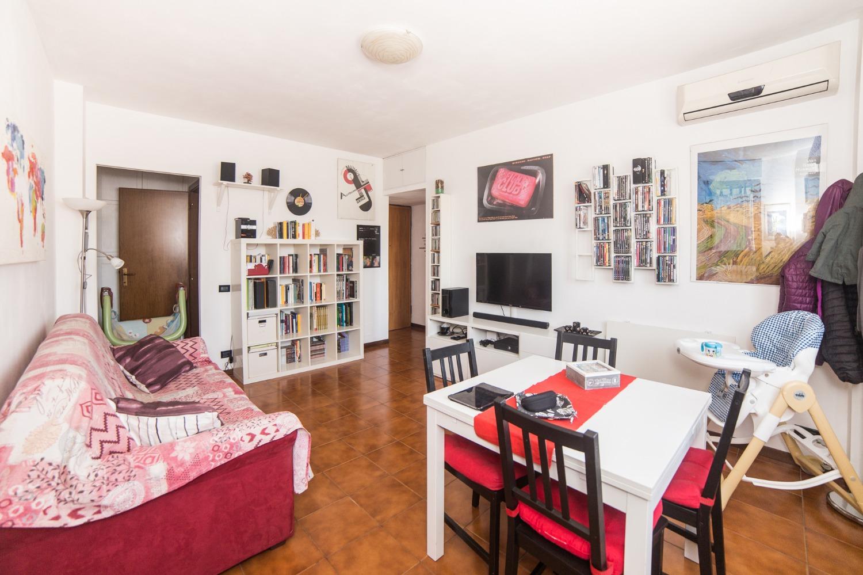 Appartamento in vendita a Roma, 2 locali, zona Zona: 38 . Acilia, Vitinia, Infernetto, Axa, Casal Palocco, Madonnetta, prezzo € 135.000 | CambioCasa.it