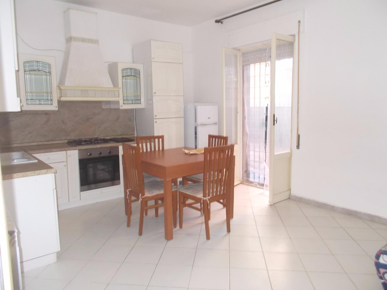 Appartamento in vendita a Ladispoli, 3 locali, prezzo € 139.000 | CambioCasa.it