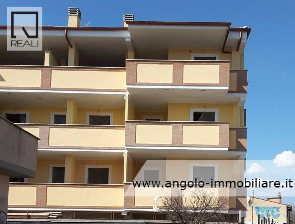 Appartamento in vendita a Ladispoli, 3 locali, prezzo € 150.000 | Cambio Casa.it