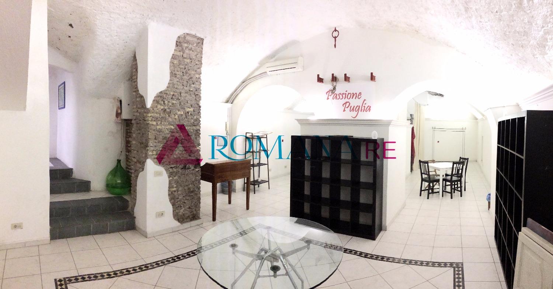 Negozio / Locale in vendita a Roma, 3 locali, zona Zona: 1 . Centro storico, prezzo € 219.000 | CambioCasa.it