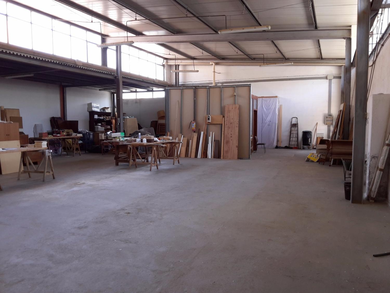 Laboratorio in affitto a Roma, 9 locali, zona Zona: 23 . Portuense - Magliana, prezzo € 3.000 | Cambio Casa.it