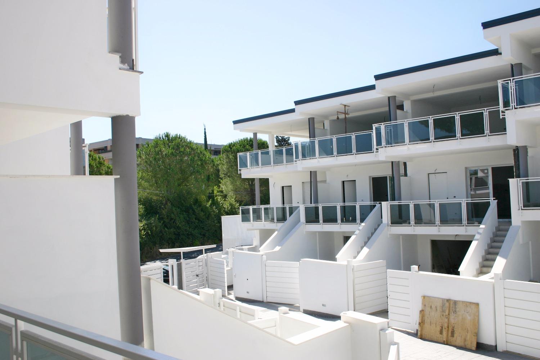 Villa in vendita a Roma, 4 locali, zona Zona: 38 . Acilia, Vitinia, Infernetto, Axa, Casal Palocco, Madonnetta, prezzo € 379.000 | CambioCasa.it