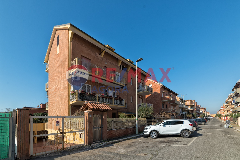 Appartamento in Vendita a Pomezia