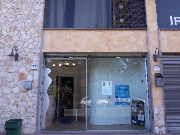 Negozio / Locale in affitto a Roma, 5 locali, zona Zona: 21 . Laurentina, prezzo € 1.500 | Cambio Casa.it