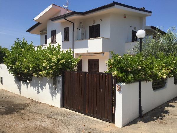 Villa a Schiera in Vendita a Sabaudia