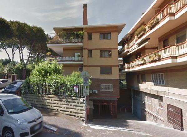 Box / Garage in vendita a Roma, 1 locali, zona Zona: 22 . Eur - Torrino - Spinaceto, prezzo € 30.000   Cambio Casa.it