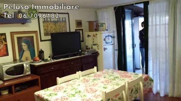 Villa a Schiera in vendita a Fiumicino, 2 locali, prezzo € 165.000 | Cambio Casa.it