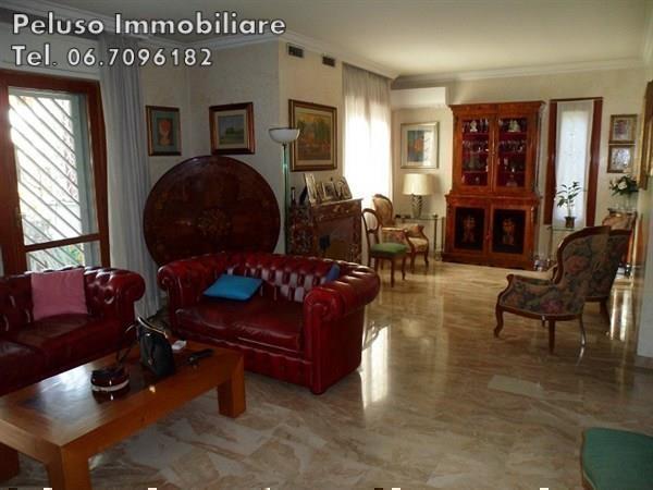 Villa in vendita a Roma, 5 locali, zona Zona: 22 . Eur - Torrino - Spinaceto, prezzo € 760.000 | Cambio Casa.it