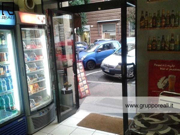 Attività / Licenza in vendita a Roma, 2 locali, zona Zona: 30 . Prati, Borgo, San Pietro, prezzo € 120.000 | Cambio Casa.it
