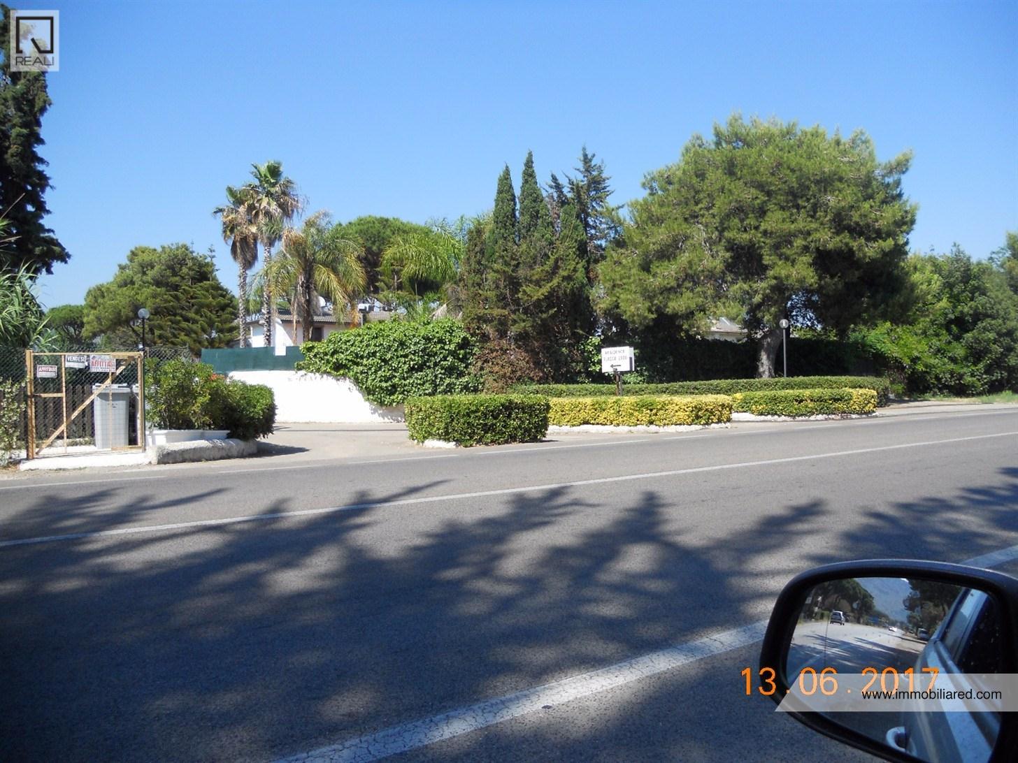 Casa terracina appartamenti e case in vendita a terracina for Case in vendita terracina