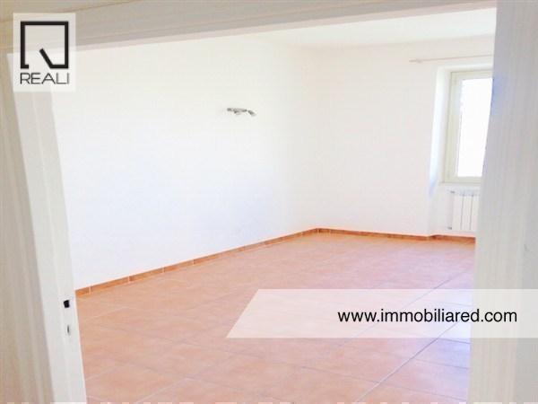 Appartamento in affitto a Roma, 2 locali, zona Zona: 15 . Appio Latino, Appia Antica, Furio Camillo, Alberone, prezzo € 1.000   Cambio Casa.it