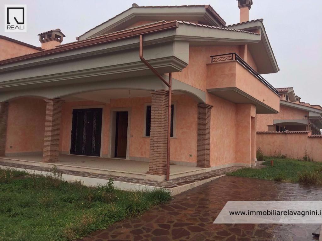 Villa in Affitto a Pomezia