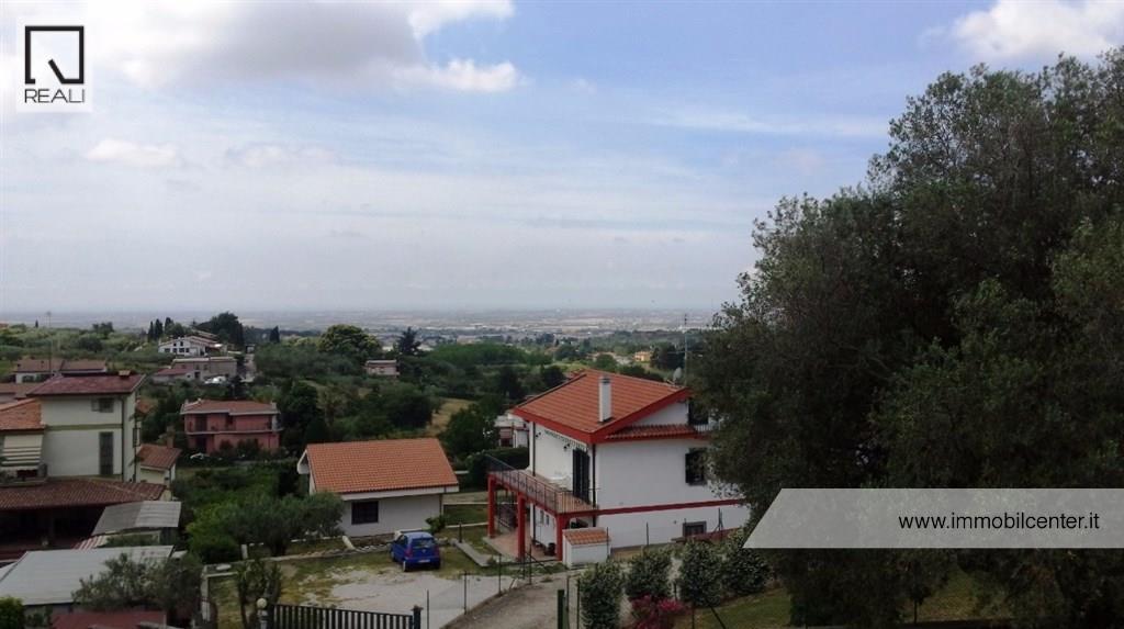 Villa in vendita a Albano Laziale, 7 locali, prezzo € 550.000 | Cambio Casa.it