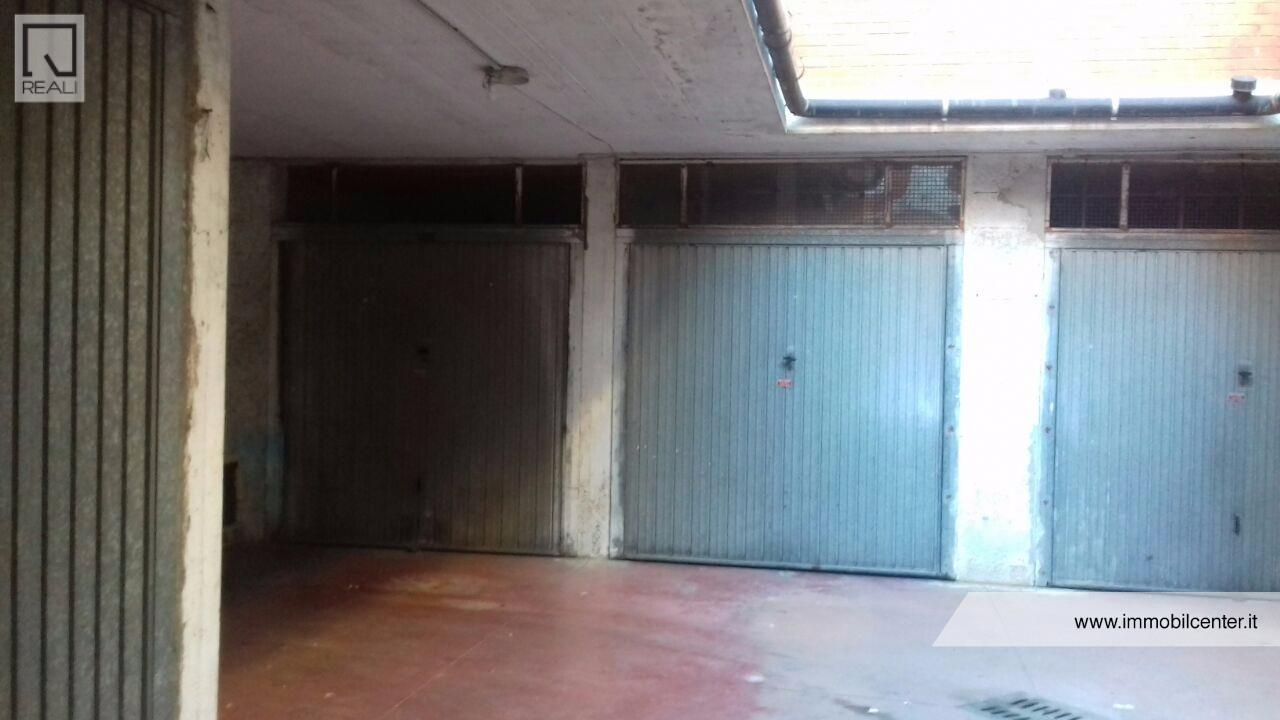 Box / Garage in Vendita a Castel Gandolfo