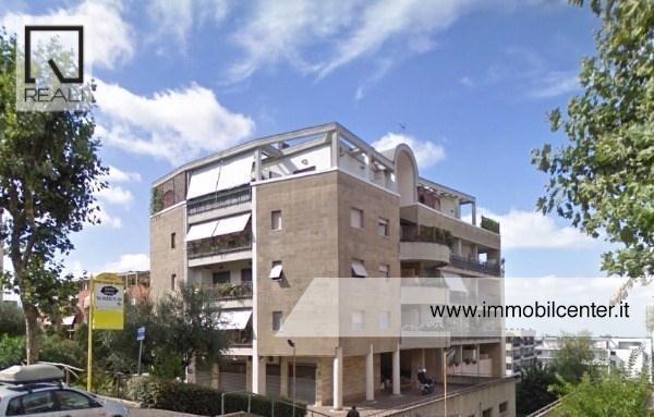 Attico / Mansarda in affitto a Albano Laziale, 3 locali, prezzo € 740 | Cambio Casa.it