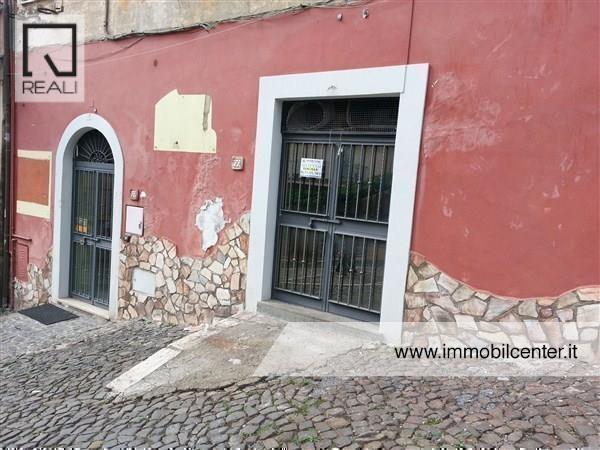 Negozio / Locale in affitto a Genzano di Roma, 1 locali, prezzo € 350 | Cambio Casa.it