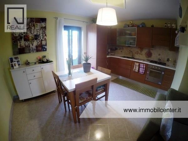 Appartamento in vendita a Albano Laziale, 3 locali, prezzo € 120.000 | Cambio Casa.it