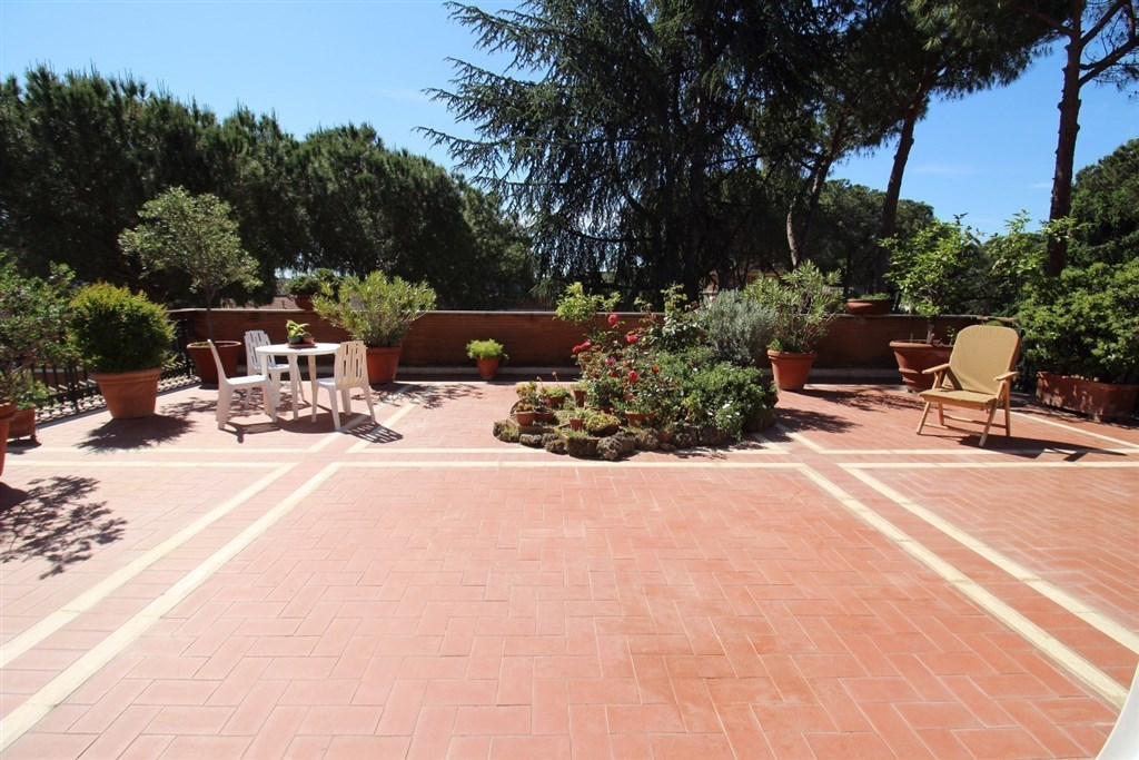 Attico / Mansarda in vendita a Roma, 7 locali, zona Zona: 24 . Gianicolense - Colli Portuensi - Monteverde, prezzo € 1.300.000 | Cambio Casa.it