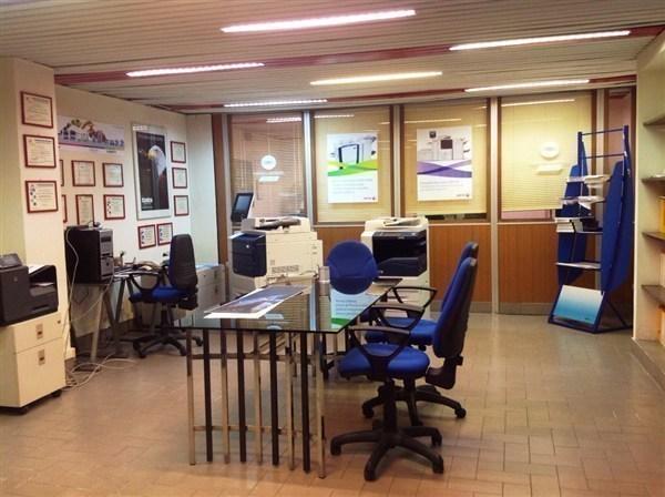 Laboratorio in vendita a Roma, 13 locali, zona Zona: 24 . Gianicolense - Colli Portuensi - Monteverde, prezzo € 950.000 | Cambio Casa.it