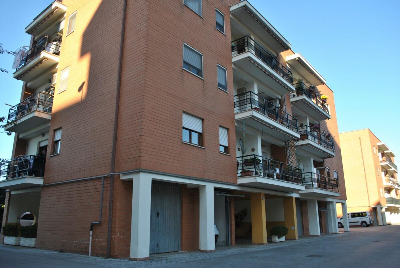 Annunci immobiliari di vendita a cisterna di latina for Annunci immobiliari