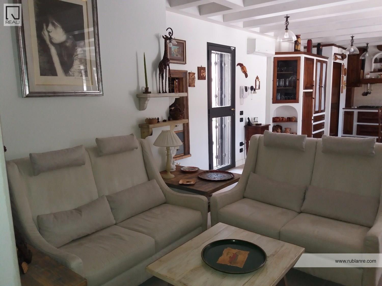 Villa in vendita a Roma, 5 locali, zona Zona: 38 . Acilia, Vitinia, Infernetto, Axa, Casal Palocco, Madonnetta, prezzo € 439.000 | CambioCasa.it