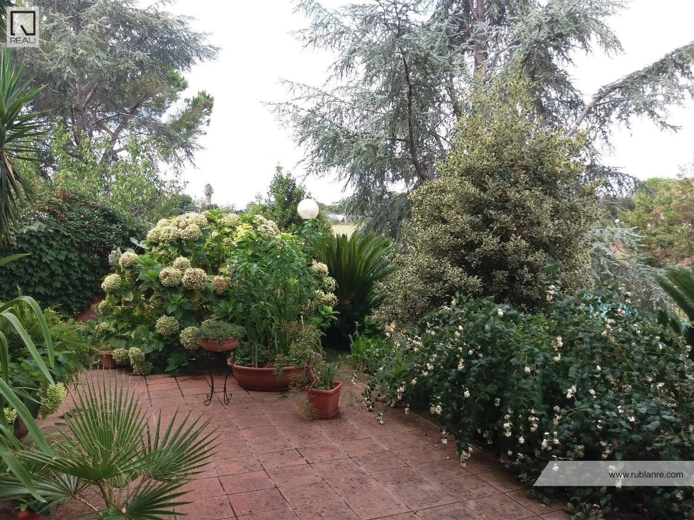 Villa in vendita a Roma, 7 locali, zona Zona: 37 . Morena - Ciampino - Trigoria - Falcognana, prezzo € 549.000 | CambioCasa.it