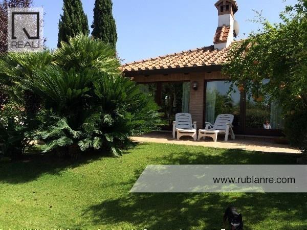 Villa in vendita a Roma, 7 locali, zona Zona: 38 . Acilia, Vitinia, Infernetto, Axa, Casal Palocco, Madonnetta, prezzo € 690.000 | Cambio Casa.it