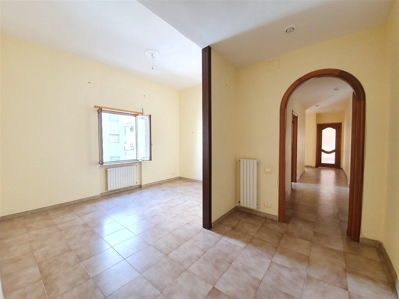 via Belvedere appartamento piano intermedio 115 mq