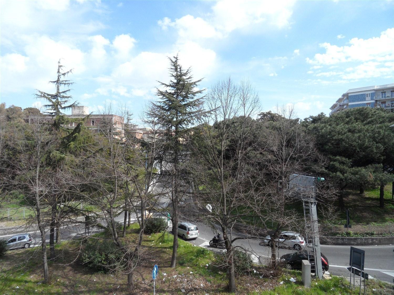 Vomero Arenella via Jannelli parte bassa 65 mq
