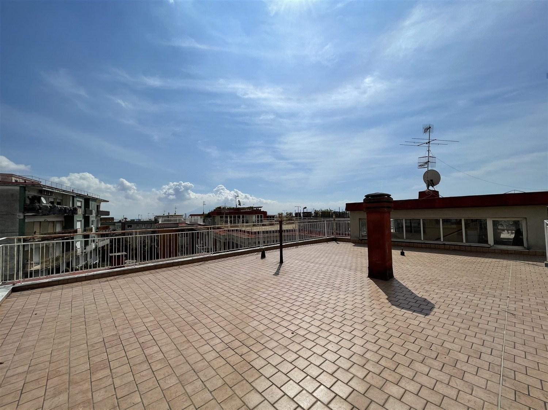 Colli Aminei -  appartamento con terrazzo