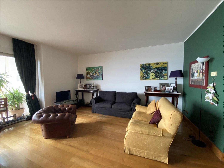 Posillipo prestigioso appartamento panoramico