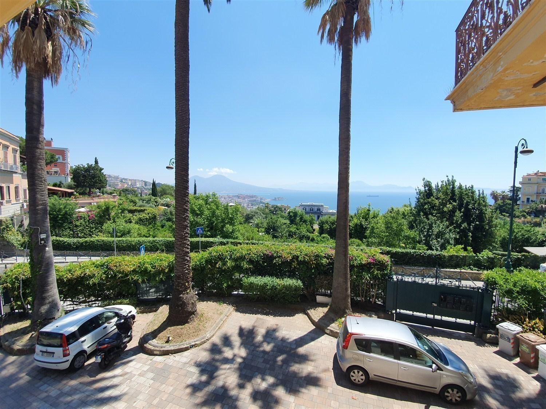 Appartamento con posto auto vista mare