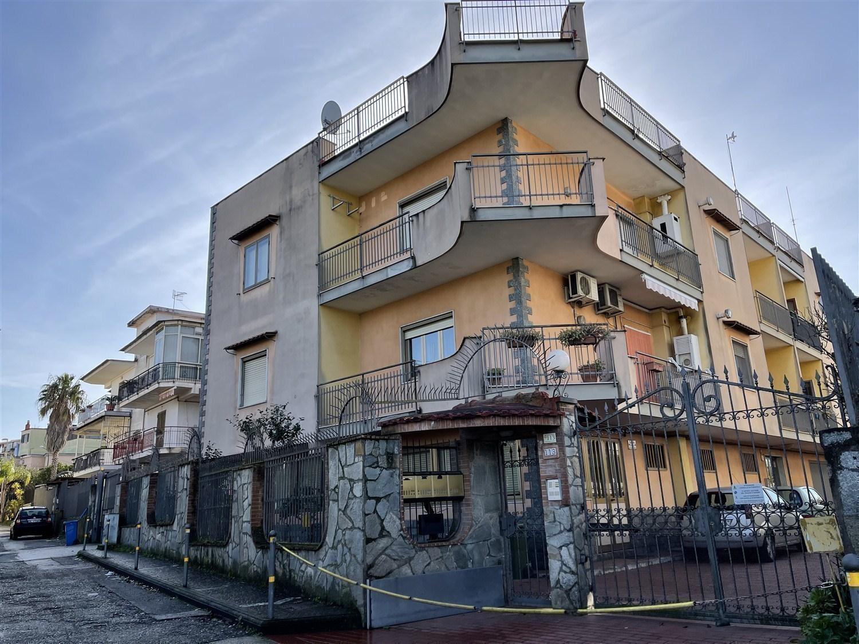 Sant'Anastasia -  appartamento 5 locali € 165.000 T520