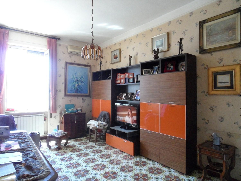 Piazza Vanvitelli ad. appartamento 6 locali € 630.000