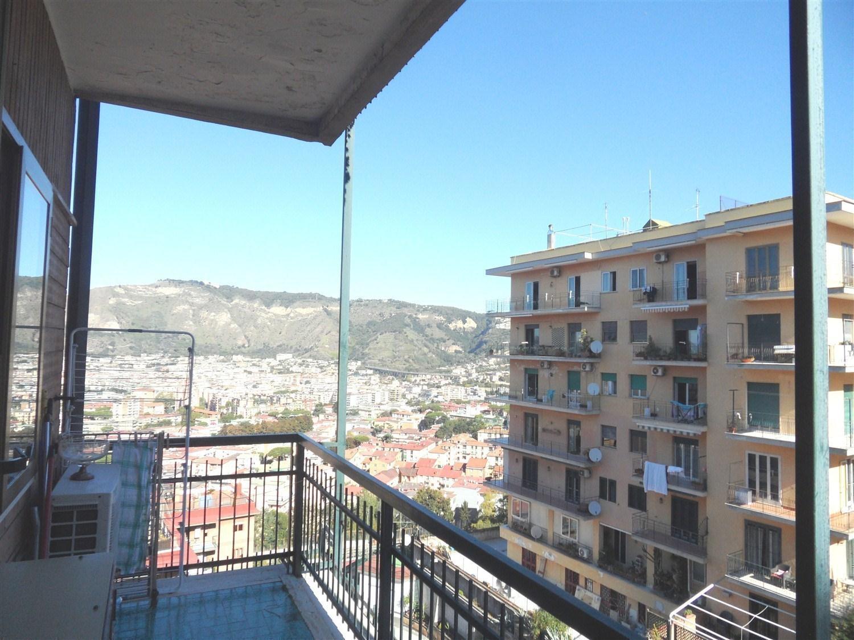 Vomero Caravaggio lato Manzoni appartamento  180 mq