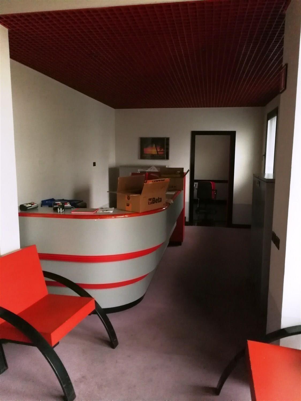 Capannone in affitto a Carpi, 9 locali, prezzo € 4.000 | CambioCasa.it