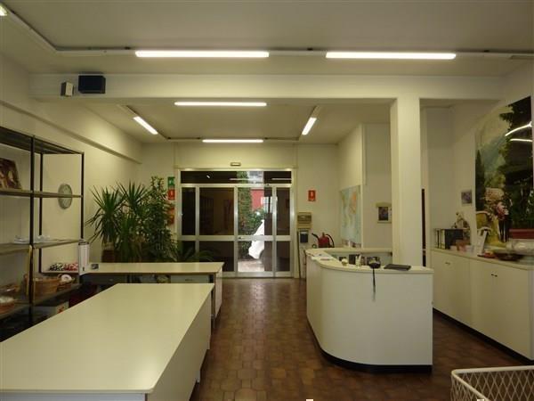 Laboratorio in affitto a Carpi, 6 locali, prezzo € 1.250 | CambioCasa.it