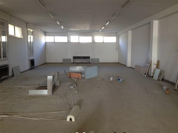 Laboratorio in affitto a Carpi, 9 locali, prezzo € 1.660 | CambioCasa.it