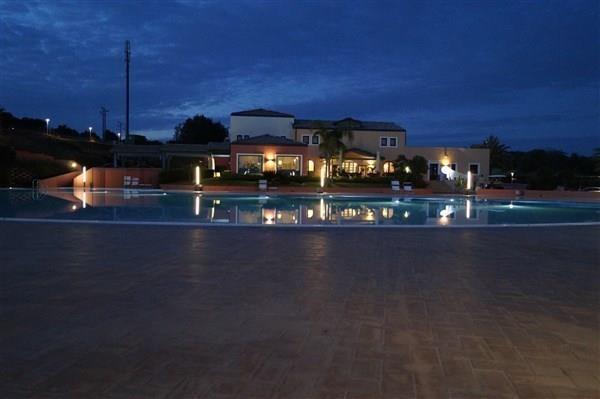 Villa in vendita a Pozzallo, 2 locali, prezzo € 230.000 | CambioCasa.it