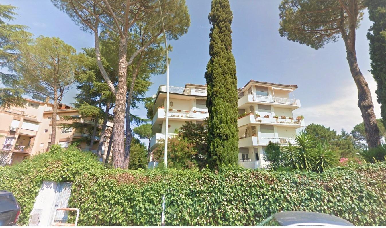 Appartamento in vendita a Roma, 5 locali, zona Zona: 42 . Cassia - Olgiata, prezzo € 650.000 | CambioCasa.it