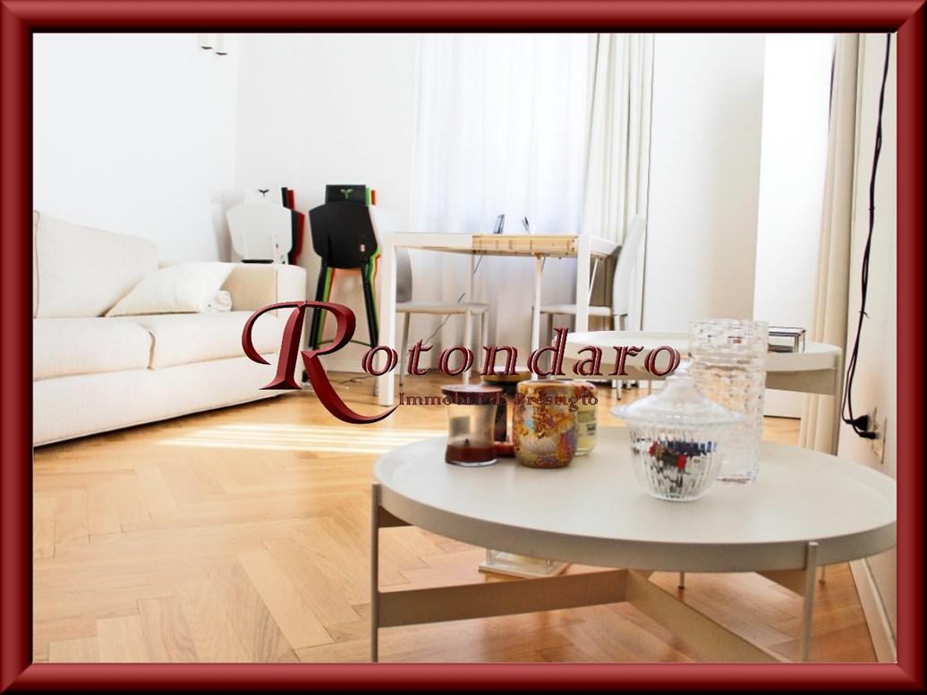 Appartamento in Affitto in Via Santa Cecilia Milano